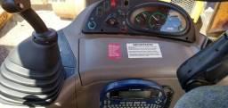 Retroescavadeira case 580N 4x4 gabinada com ar cond 2013
