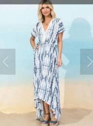 Vestido longo azul e branco