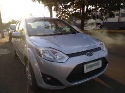 Título do anúncio: Fiesta sedan se 1.6 flex completo
