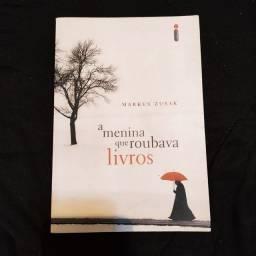 Livro A Menina Que Roubava Livros de Markus Zusak