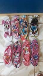 Título do anúncio: Vendo sandálias havaianas do 33 até 39  vamos lá comprar