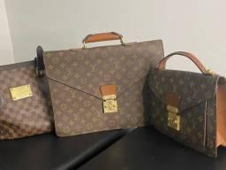 Vendo bolsas da LV originais couro legítimo.