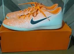 Chuteira da Nike ( Futsal ) SEMI-NOVA