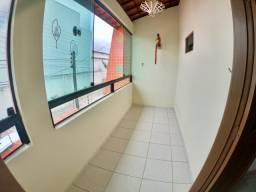 Alugo Casa no Antares 3/4 (130m2)