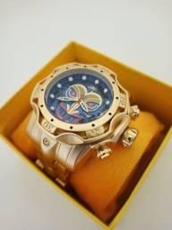 Relógio masculino dourado grande modelo coringa
