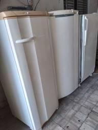 Leia a descrição!! 03 geladeiras  gelando bem