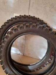Vendo pneus de trilha.