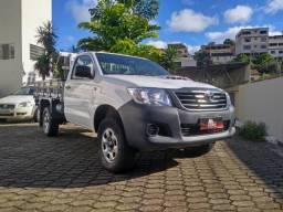 Toyota Hilux CS 3.0 TDI 4x4 + Direção Hidráulica - 2013