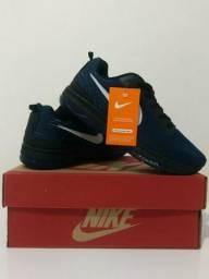 Tênis Nike Zoom disponível na numeração 38 39 e 41