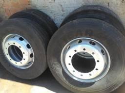 Jogo 4 rodas montadas 275.80.22,5 - 2010