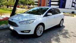 Novo Focus Titanium Sedan (Ac/Trocas) - 2016