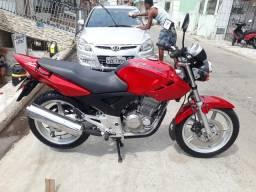 Vendo uma moto twister vermelha. - 2003