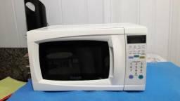 Forno microondas dako de 18 litros em bom estado com garantia de 90 dias