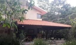 Casa em Aldeia, Condomínio Privilegiado com 300,00m²