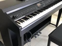 Piano digital Clavinova Yamara 701B