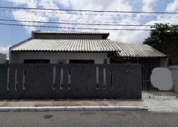 Casa com 4 dormitórios à venda no São João