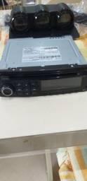 Rádio e demais equipamentos.
