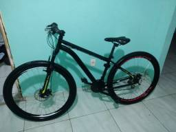 Vendo uma bike. Super nova!!