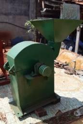 Moedor Triturador de Grãos (Milho, Trigo, Soja) + 2 Peneiras