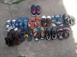 Calçados para meninos 70 reais leva tudo alguns nao foram usados