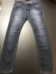 Calça jeans skinny tamanho 38