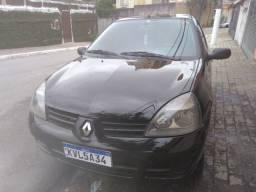 Renault Clio 1.0 16v - 2011