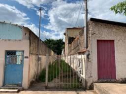 Casa de vila barata no centro de Corumbá 55.000