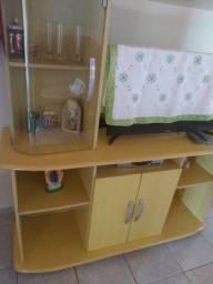Compre uma estante e leve mesa de centro de brinde!