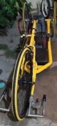 Bicicleta para pessoa com deficiência física ou limitação. ( Handbike)