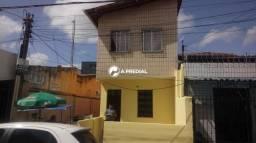 Imóvel no bairro Montese, em frente Escola Marechal Humberto de Alencar Castelo Branco.