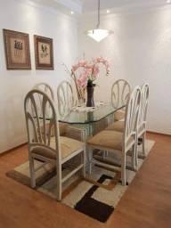 Mesa de jantar e mesa de centro