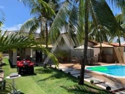 Maravilhosa casa 4 quartos, 3 suítes a venda em condomínio em Guarajuba, Camaçari