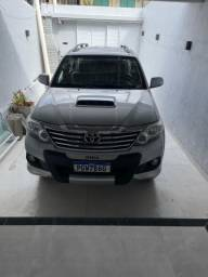 Hilux Sw4 14/15 7 lugares