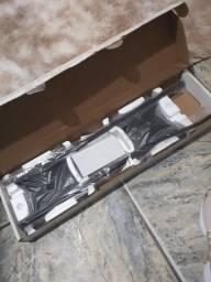 Vendo pedestais de caixa acústica elg novo
