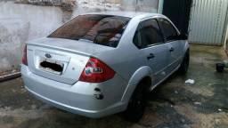 Fiesta sedan 1.6 Flex Banco couro Completo