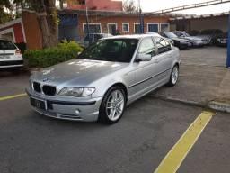 BMW 330 2002 + teto solar- BAIXÍSSIMO KM