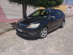 Ford Focus hacth 1.6 12/12