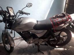 Moto pra troca em carro ou moto mas Nova