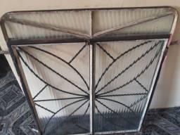 Janela de ferro estilo colonial 110X90 com vidro