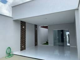 Alugo linda casa
