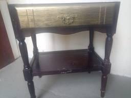 Móveis Antigo Criado mudo ou mesinha de jacarandá R$140,00