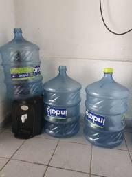 Suporte garrafão de água com cuba de barro e 3 garrafões vazios Indaiá.
