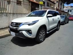 Toyota Hilux SW Srx Aut. 4x4 2.8 Tdi 7 lugares- Único dono e baixo km. Impecável