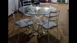 Mesa de vidro redonda 4 cadeiras