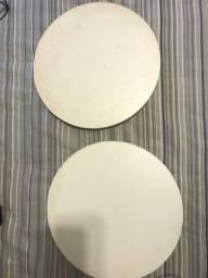 Duas Tabuas de bolo seminovas com 35cm de diâmetro
