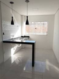 Apartamento de 3 quartos, com àrea privativa, no bairro Progresso