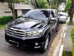 Linda Toyota Hilux
