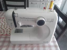 Máquina costura ELGIN