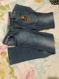 Calça jeans azul p42 pequena