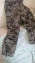 Calça camuflada número 38